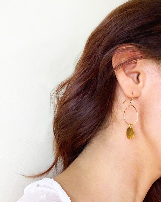 Gold coin pierced earrings (大)  /   on the beach      OBH-020