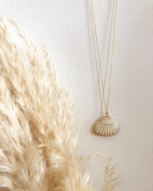 Wanderlust Factory Conchiglia necklace