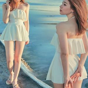 【送料無料】 フレア水着 スイムウェア スイミング ホルターネック 体型カバー 可愛い プリーツスカート ホワイト レッド ブラック S M L XL 大人可愛い 飽きのこないデザイン シンプル