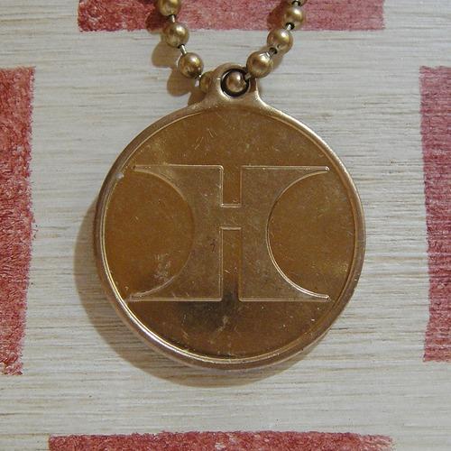アメリカ Hilton Hotel[ ヒルトン・ホテル]ヴィンテージ メダル キーホルダー