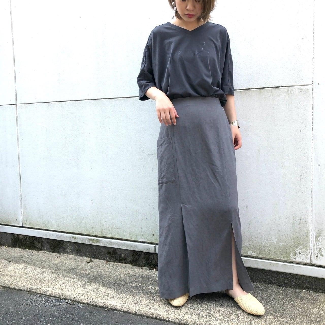 【 CHIGNONSTAR 】- 2201-375 - タックスリットスカート