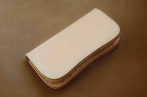 【受注製作】本革サドルレザーの谷型長財布【シンプル】