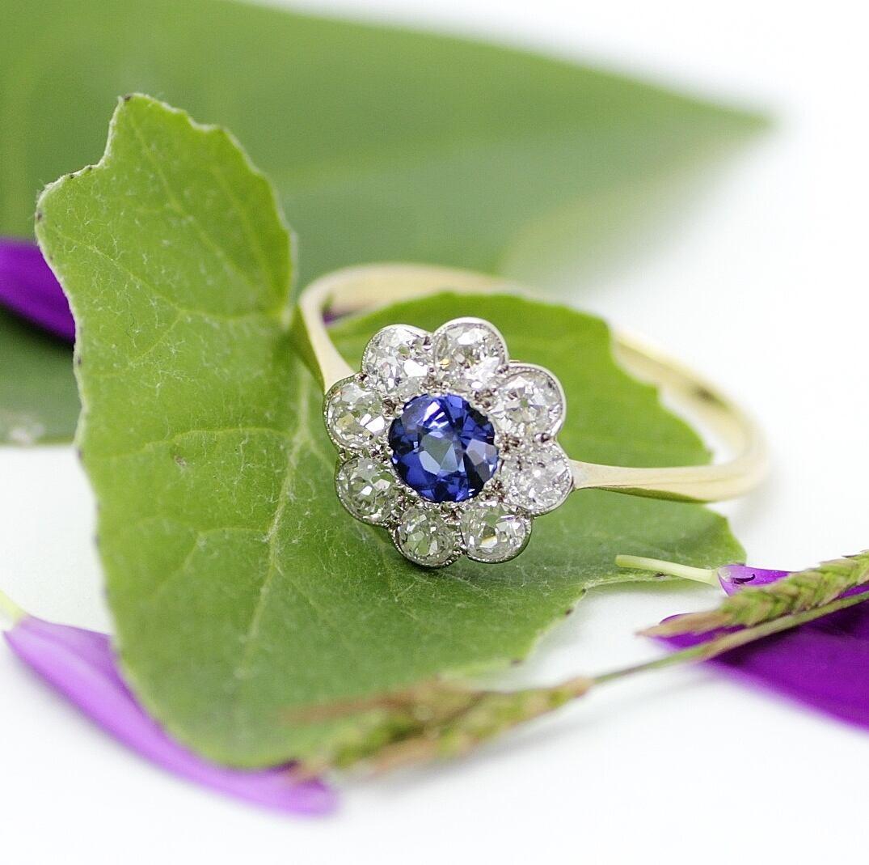 Sapphire & Diamond Cluster Ring サファイヤとダイヤモンドのクラスターリング