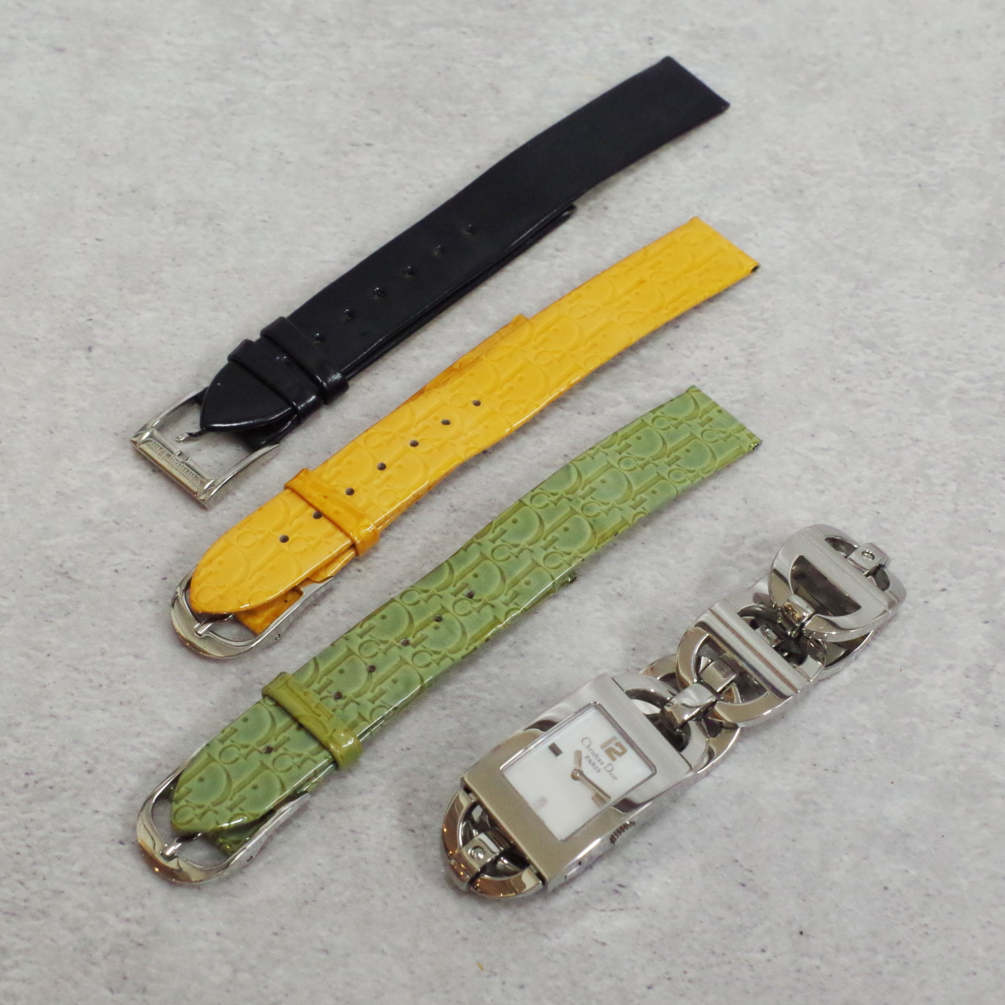Christian Dior ディオール マリス D78-109 ホワイトシェル文字盤 SS クォーツ ベルト3本 腕時計 レディース
