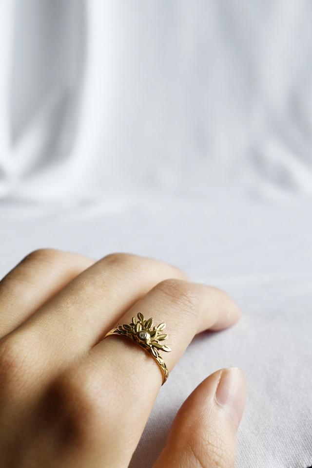 K18 Laurel Diamond Ring 18金月桂樹ダイヤモンドリング