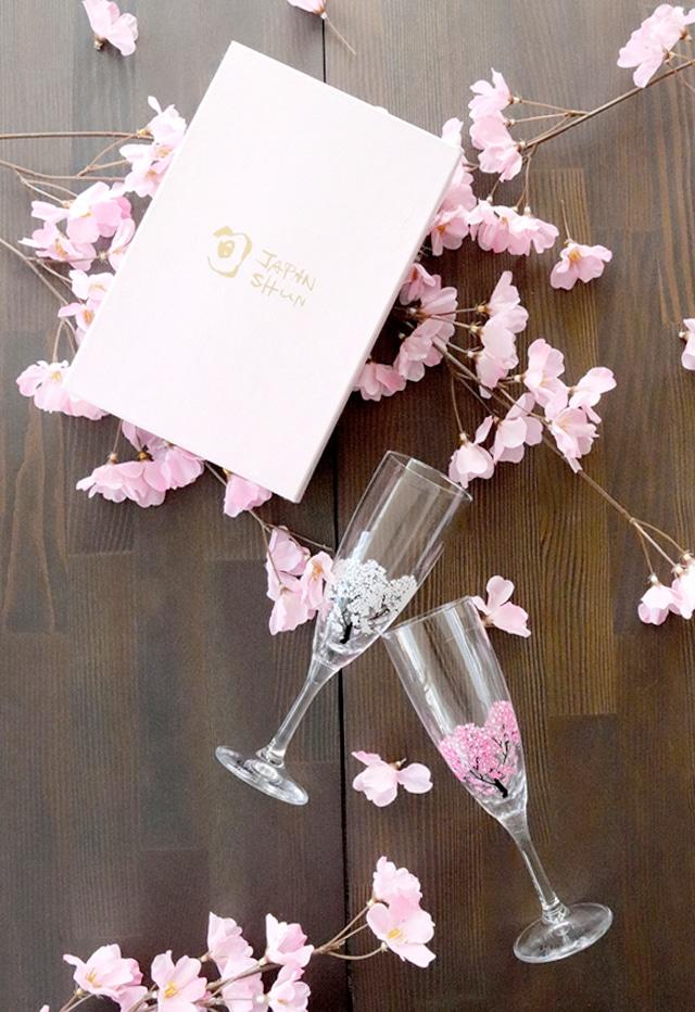 【cs-02s】『冷感桜』『シャンパングラスペアセット』*春 桜 グラス 花見 ペアセット 贈り物 温度 変化 日本酒 乾杯 記念 ギフト プレゼント お祝い