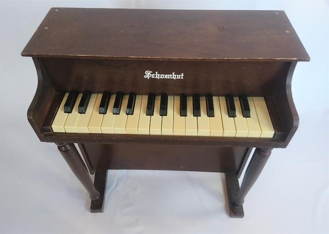 [vintage]schoenhutトイピアノ30鍵盤②