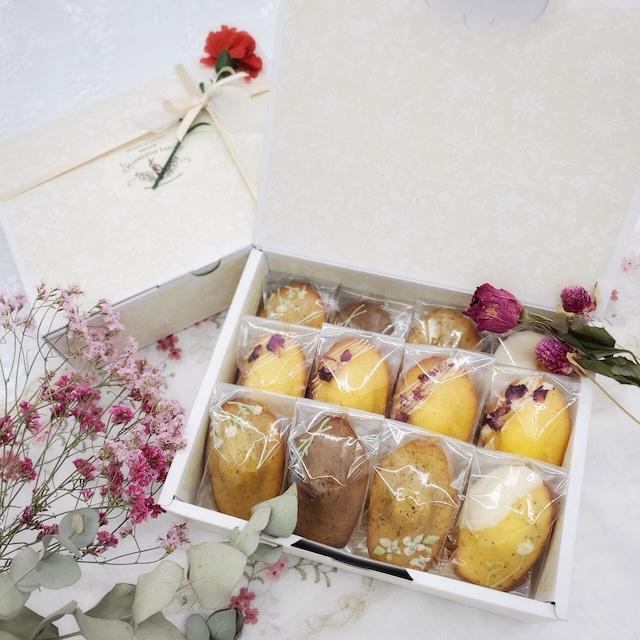 【5/1~5/9 お届け】お花のマドレーヌギフト12個入 【4/19~4/25 予約受付】