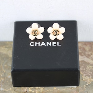 .CHANEL 05P COCO MARC FLORAL DESIGN EARRING MADE IN FRANCE/シャネルココマークお花デザインピアス 2000000048611