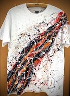 流水シブキTシャツ(白地×黒+オレンジ)