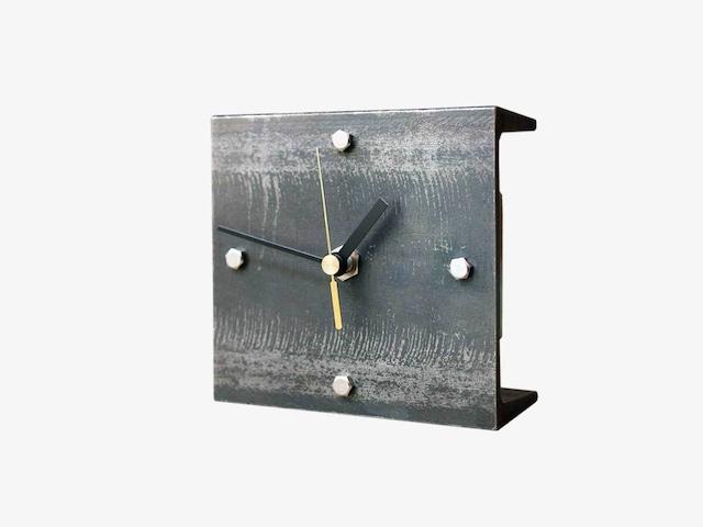 ぴったり。錆び鉄の置時計【M】受注生産