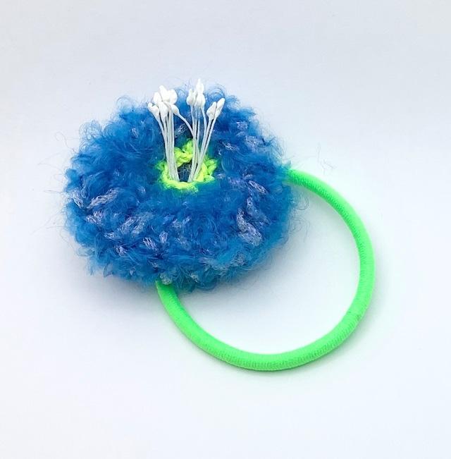 近あづき 椿のヘアゴム(ブルー+蛍光グリーン)