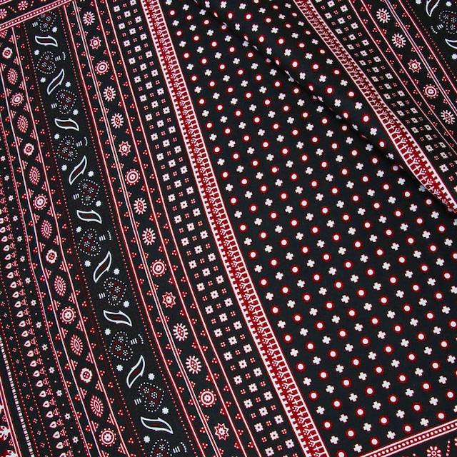 カンガ|伝統柄キストゥ ブラック × レッド