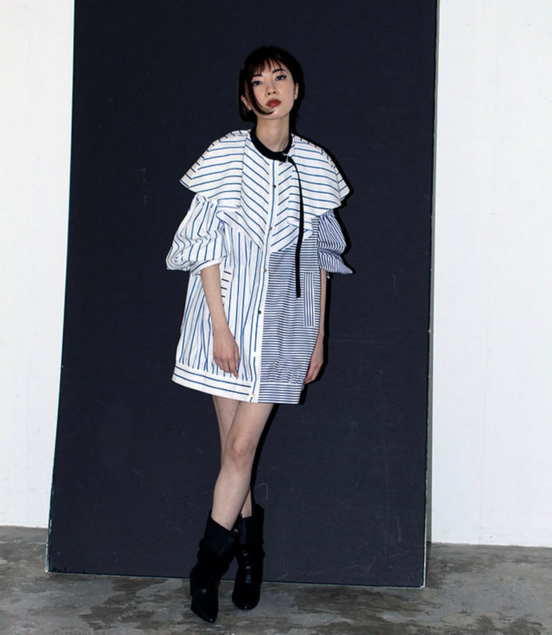 FLUMOR  Stripe Cape blouse