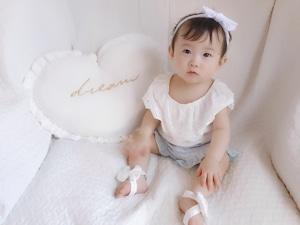 レースビッグリボン(ピュアホワイト)ベアフットサンダル ベビー・キッズ用 足飾り