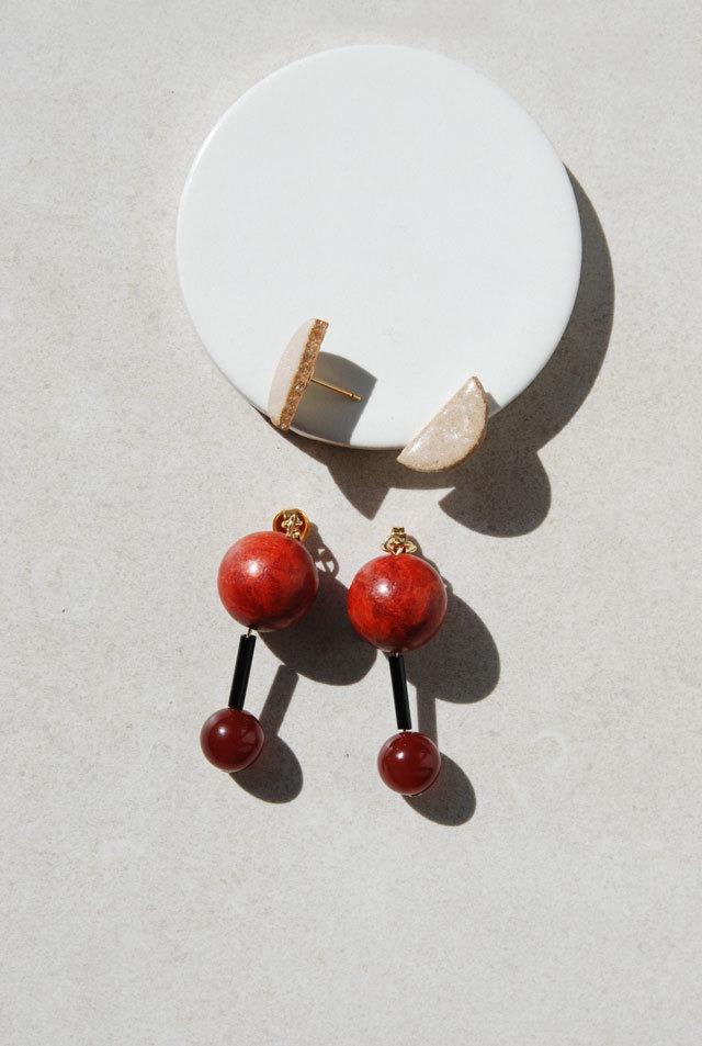 ピアス: [2WAY]ウッド &特製陶製タイル 「目に止まったあの色」