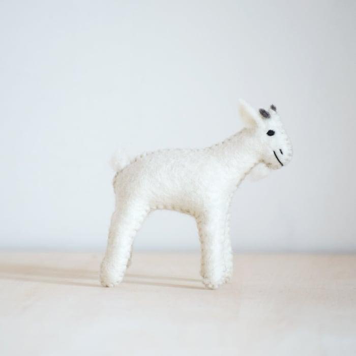 モンゴルの羊毛ヤギさん