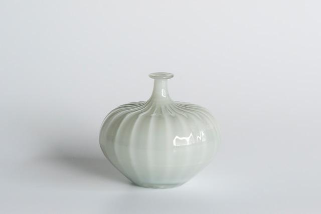 decorative vase no.3 / qualia-glassworks