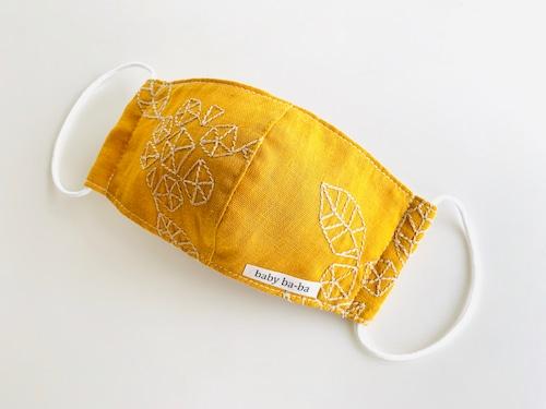 立体マスク 幼児サイズ(3歳~6歳)黄色のガーゼ刺繍