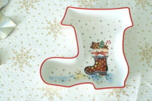 ⭐食器としてもインテリアとしても使える♪ 【Villeroy&Boch】 ビレロイ&ボッホ クリスマス お皿 長ぐつ型 オシャレ プレート クリスマスインテリア クリスマスパーティー 食器 陶磁器 インテリア 雑貨 置物 テーブルデコレーション 海外雑貨 キッチン