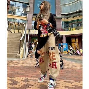 【ボトムス】ダメージ加工ストリート系ヒップホップファッションワイルドデニムパンツ48459720