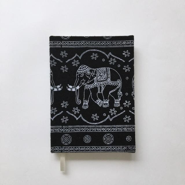 タイの布張りのノート Thai Upholstered Notebook