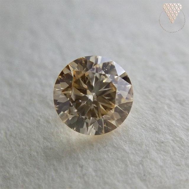 0.249 ct F. L. Ogy. Yellow SI1 天然 ダイヤモンド