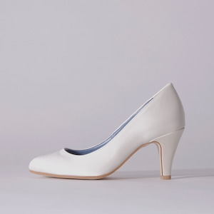 Satin / Close Toe / 7cm / WH 【7001 WH】