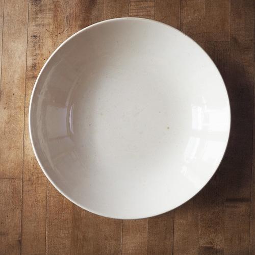 HBCMの白い大皿