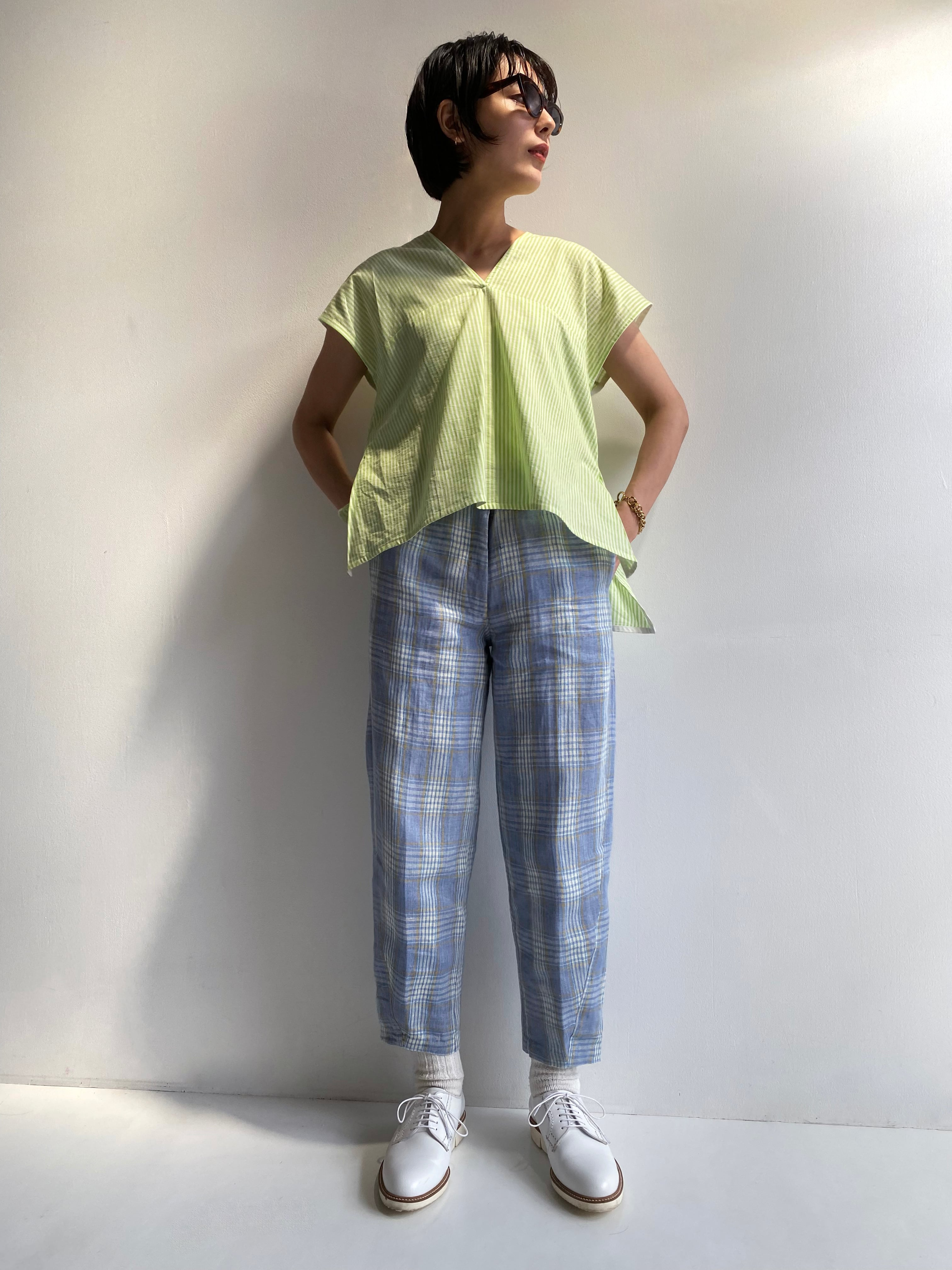 "Sleeveless v-neck top ""neon green stripe"""