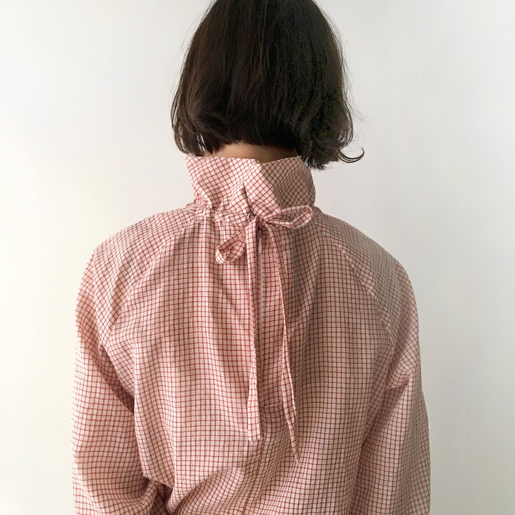 """High neck gather blouse """"red check"""""""