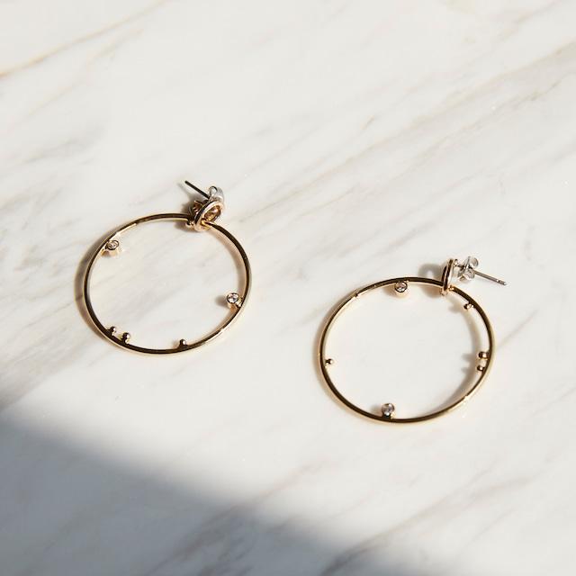 nim-24 Pierced earring