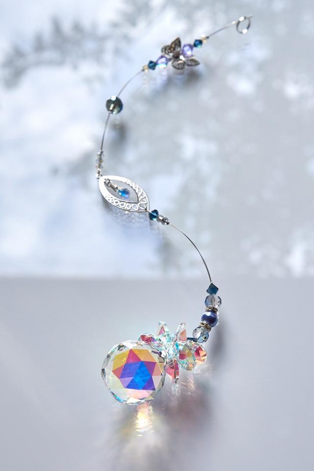 【プレシオサ】色彩豊かな虹を演出*モンタナブルーのオーロラサンキャッチャー