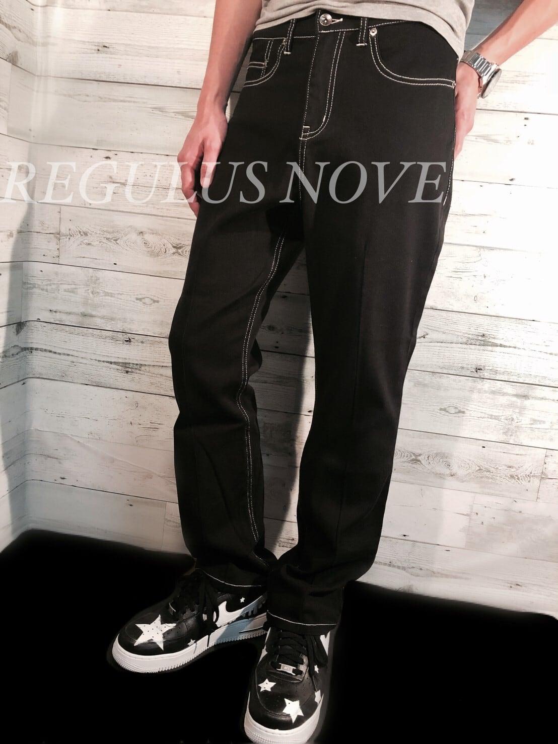 REGULUS NOVE ホワイトステッチフレアパンツ メンズ 男物 紳士服 細身 タイト ボトム 黒 スタッズ 星 シンプル トレンド