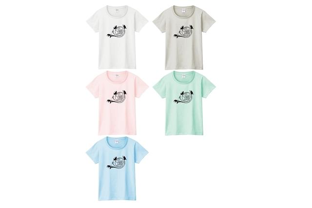 ホルンと黒猫のTシャツ
