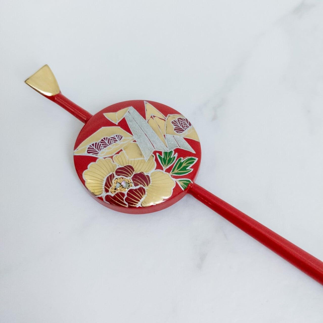 【デッドストック】丸平型かんざし 暗赤色×金色 牡丹に折鶴/竹