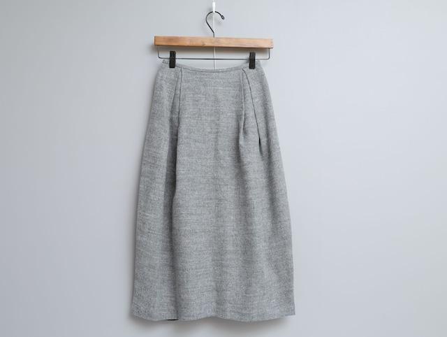 リネンウール綾織りのタックスカート