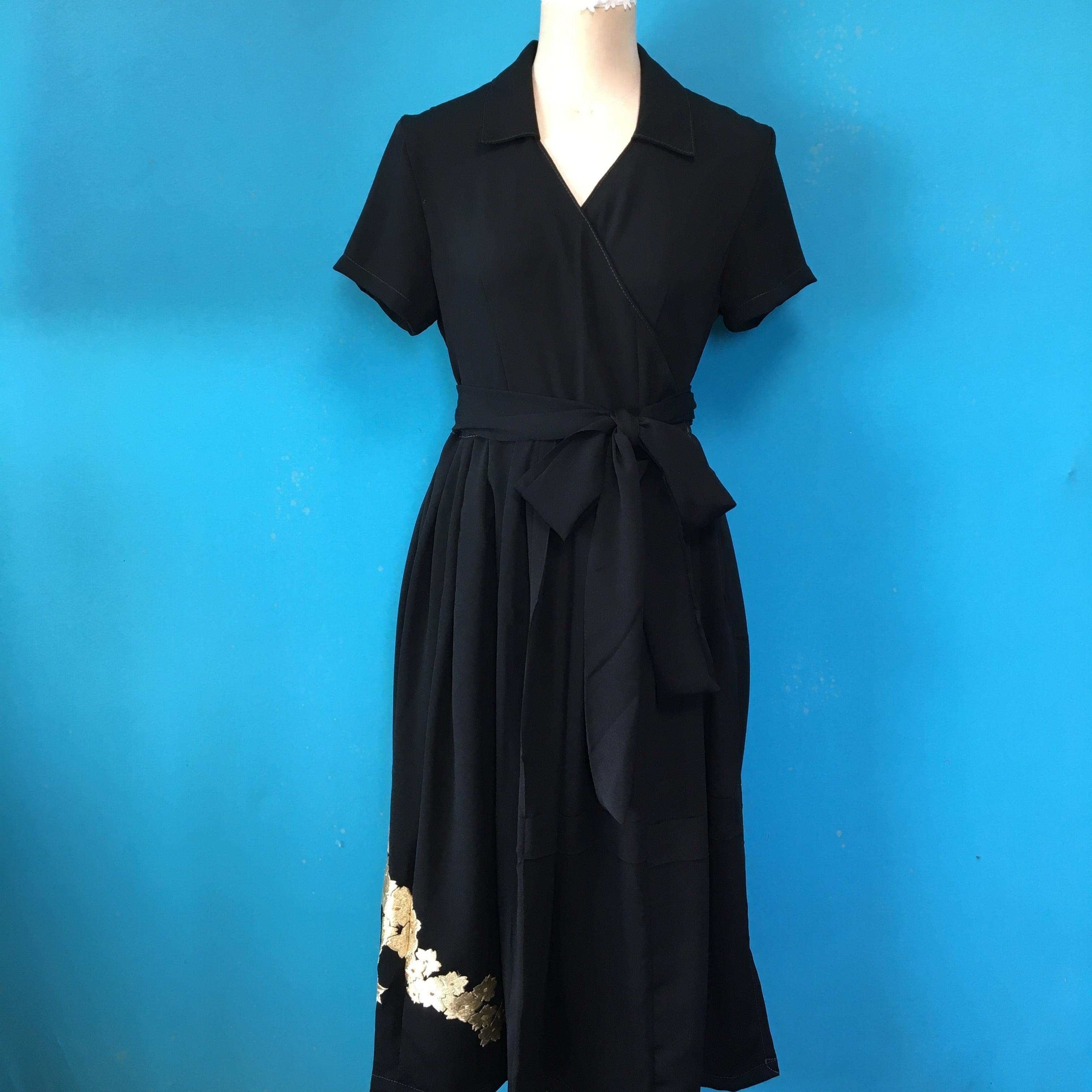 Vintage black 着物 梅の刺繍
