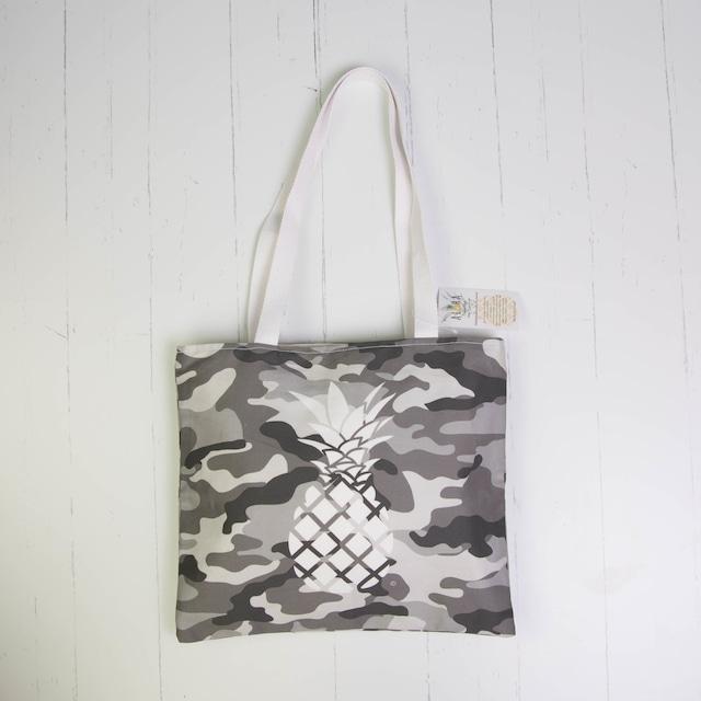 トート(防水裏地付き)Waterproof Camouflage Grey Pineapple