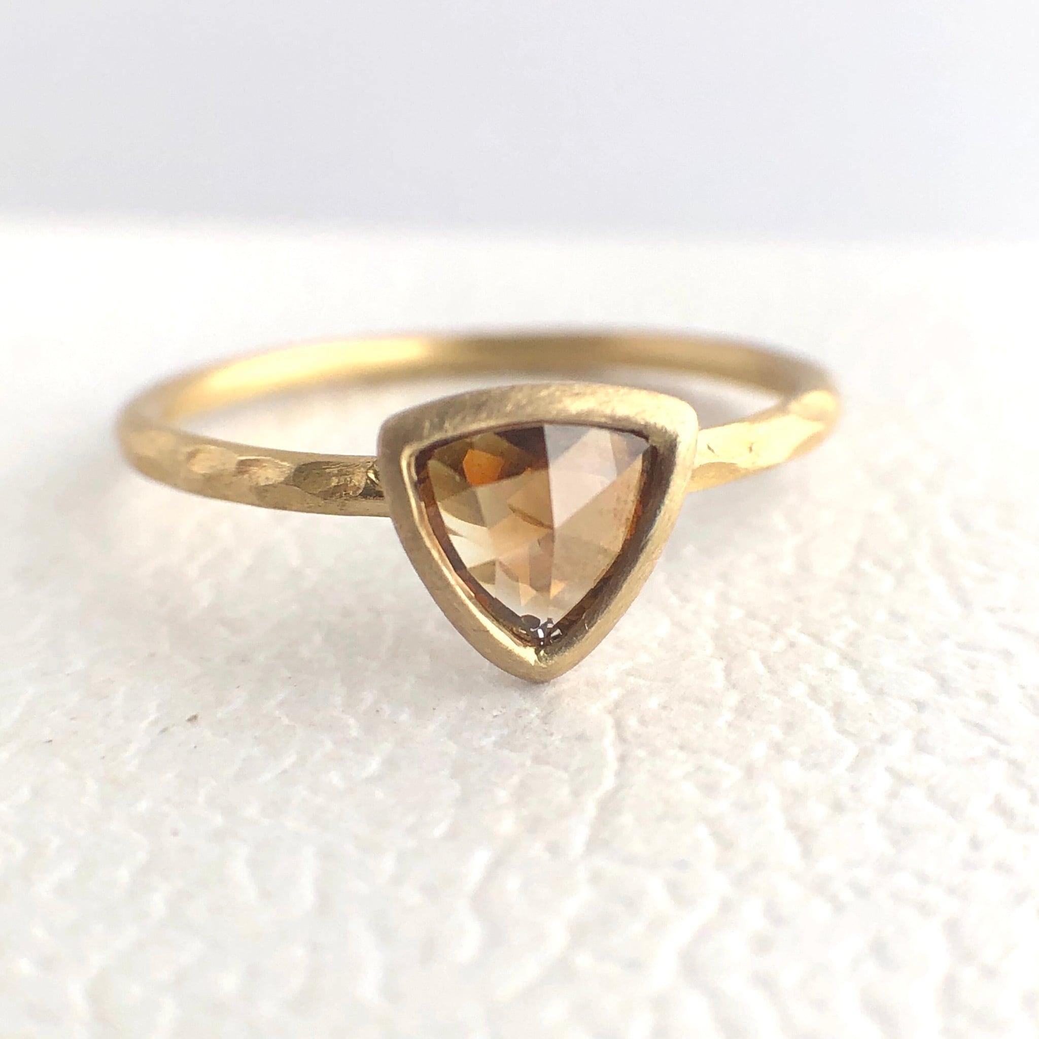 ナチュラルダイヤモンドリング 0.296ct  K18イエローゴールド チェカ 鑑別書付