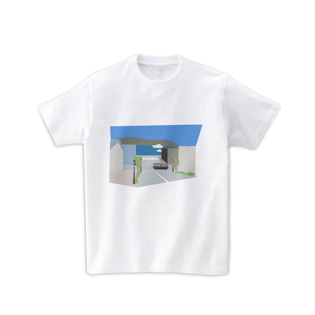 電車Tシャツ-函館の坂から望む海