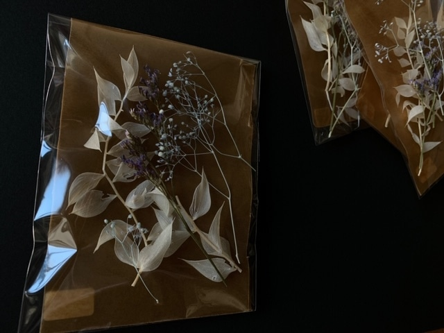「パープル Mix フワラーアソード」レジン花材 ハンドメイド資材 ドライフラワー ブリザードフラワー かすみ草 スターチス ラスカス