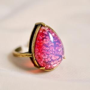里帰り日本製 ピンクガラスリング(指輪)