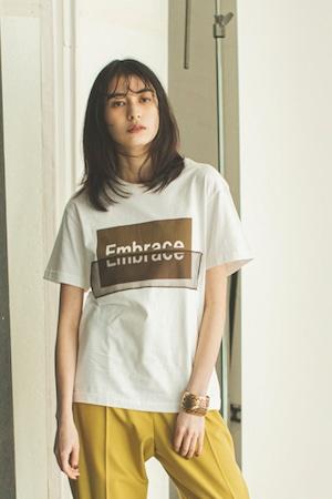 オーガンジーロゴコンビTシャツ < オフ >