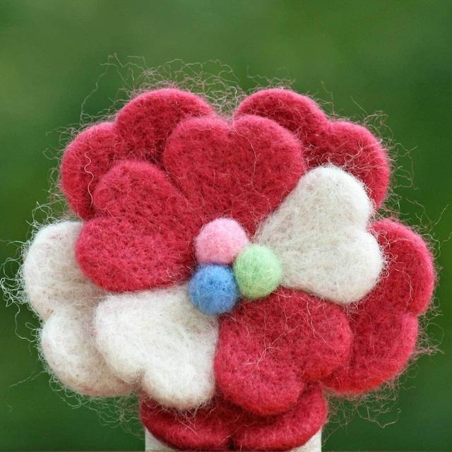 【律】羊毛フェルトのブローチ3