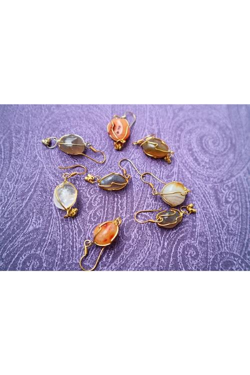 Natural stone pierce
