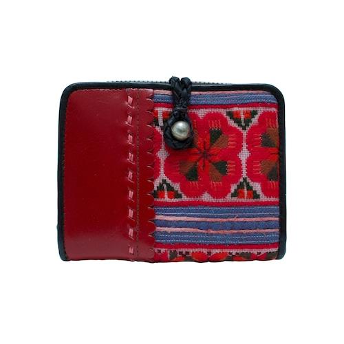 モン族刺繍生地と牛革を組み合わせた二つ折り財布