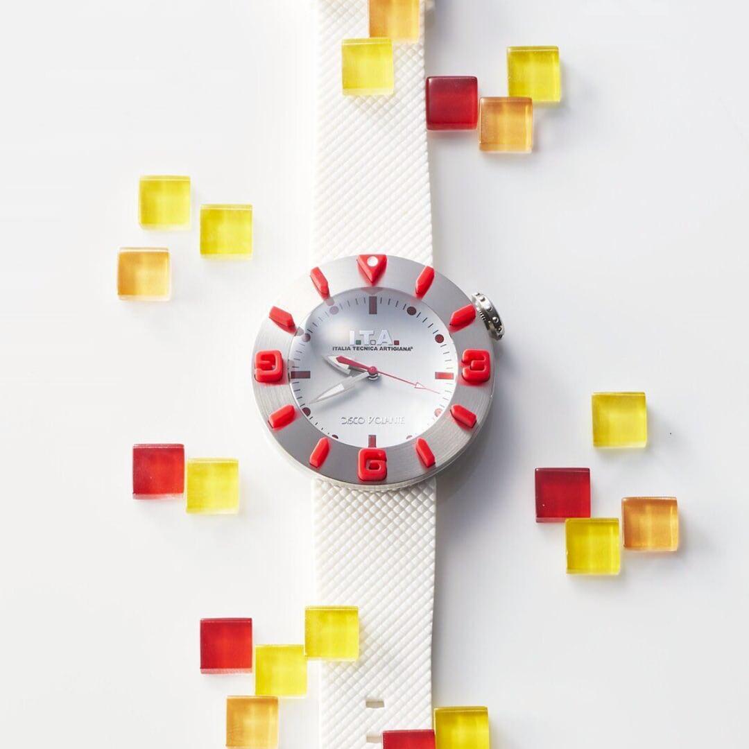 【I.T.A. アイティエー】DISCO VOLANTE ディスコ・ボランテ(ホワイトレッド)/国内正規品 腕時計
