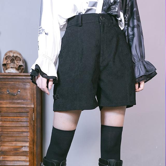 【古怪舍---暗夜シリーズ】ショートパンツ ズボン ボトムス S M L 着痩せ 個性派 ブラック 黒い 合わせやすい