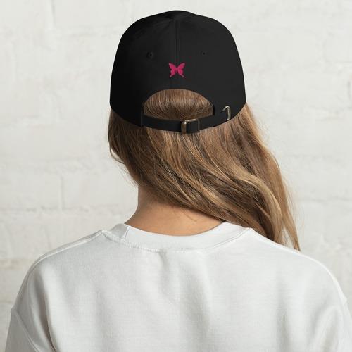 ピンクバタフライ刺繍 ユニセックスベースボールキャップ